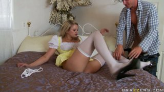 Heather Starlet gives a head and gets her juicy pussy eaten dry